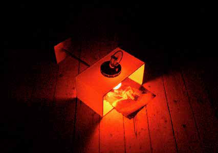 'Hot Hot Cold Hot', 2006, lamp, string engine, magazine page