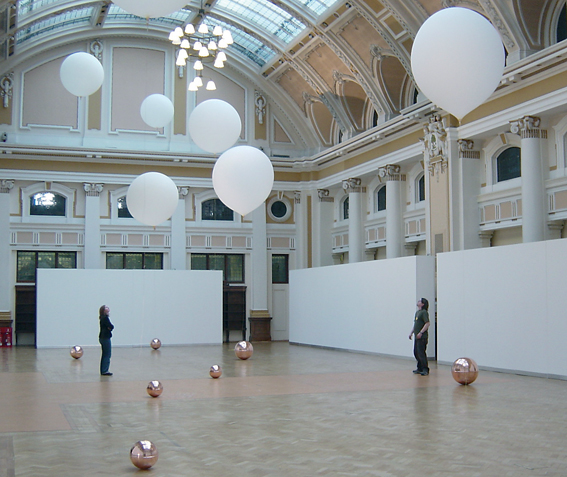 CITY DREAMING, Stephen Hurrel, 2005, Nine helium-filled weather balloons tied off to one highly polished copper spheres, the Mitchell Library