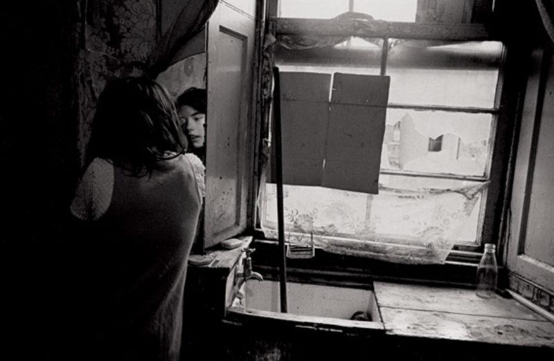 Putting on make-up, Nick Hedges for Shelter 1969/70