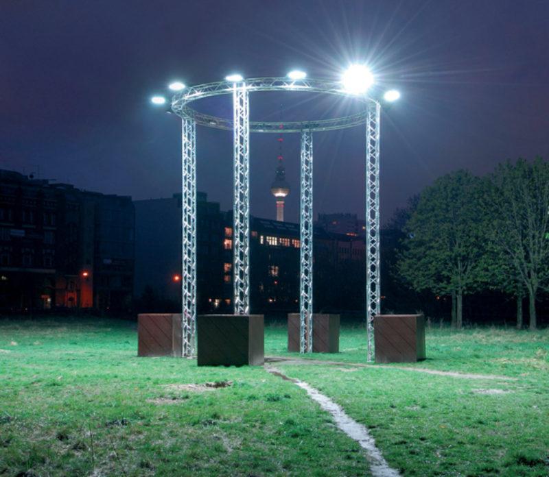 'The Arena and the Wasteland', 2008, installation view, 5th Berlin Biennial for Contemporary Art, Skulpturenpark BerlinZentrum