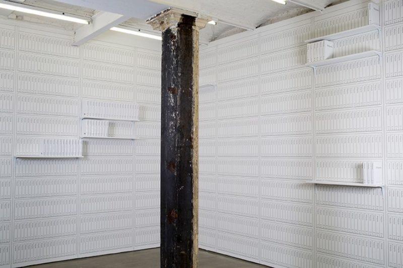 Michael Mandiberg, Print Wikipedia (2015). Photo From Aaaaa! to ZZZap! An exhibition by Michael Mandiberg at Denny Gallery, NY